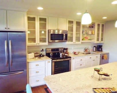 Beachy_Kitchen_Camano_Island_SM1
