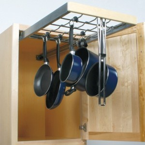 Pull-out cookware